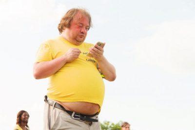 太った男性の画像