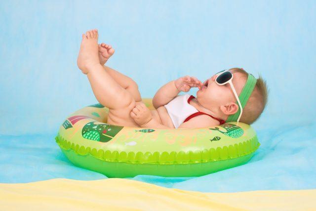 ①赤ちゃんのM字ハゲ