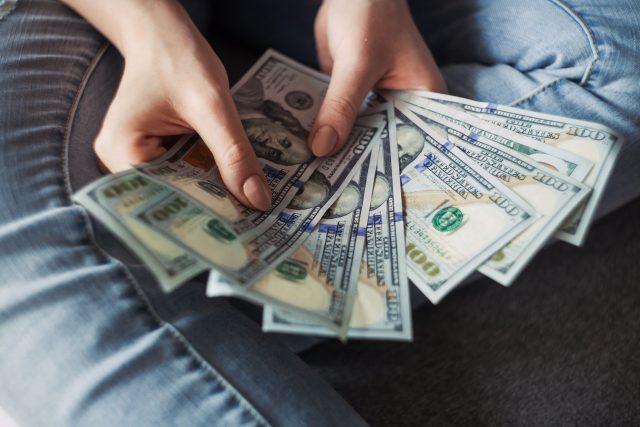 2:医療ローンで月々の支払いを軽減が可能